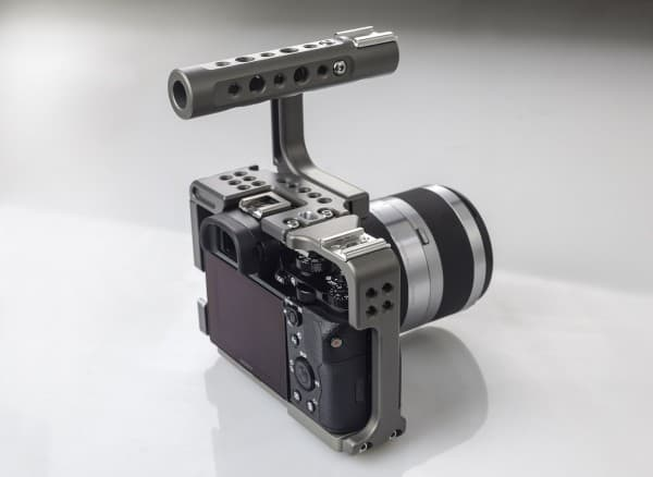 Sony-a7S-Movcam-cage