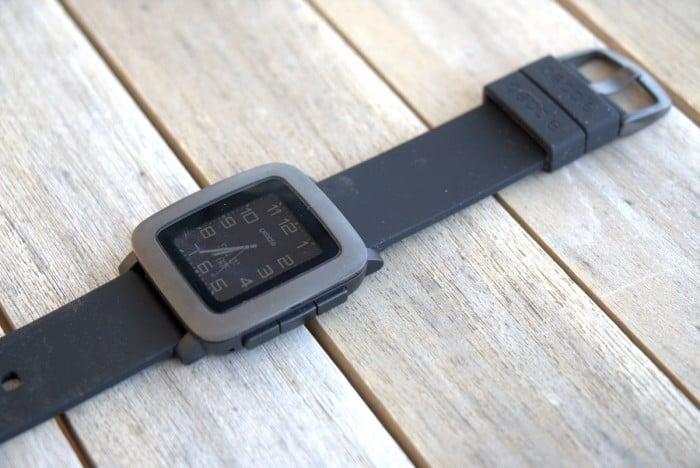 Pebble Time Smartwatch Advantages
