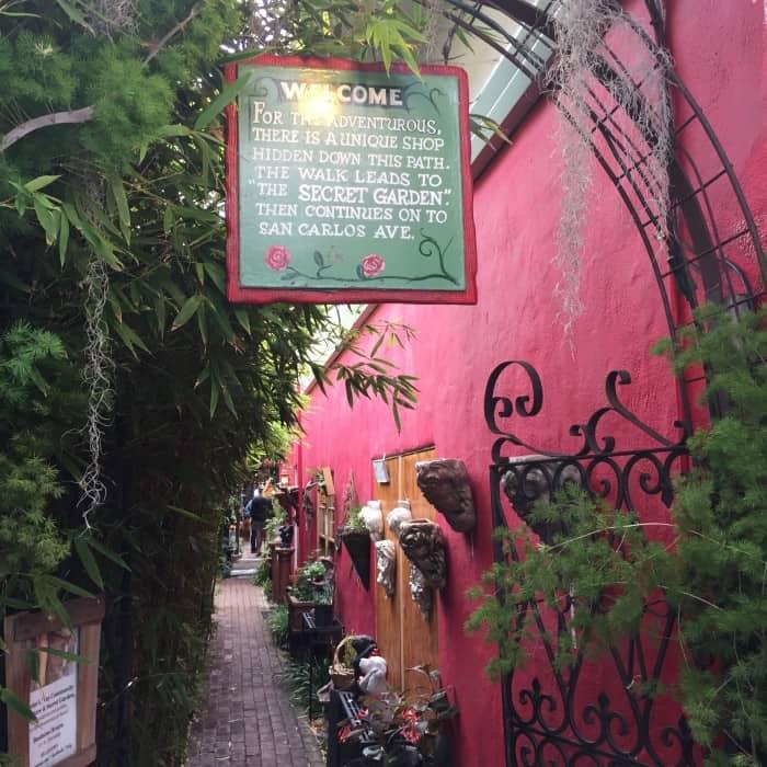 Carmel-by-the-sea - Hidden Alleys