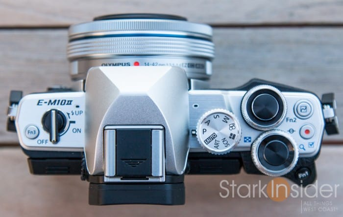 Olympus E-M10 II Review