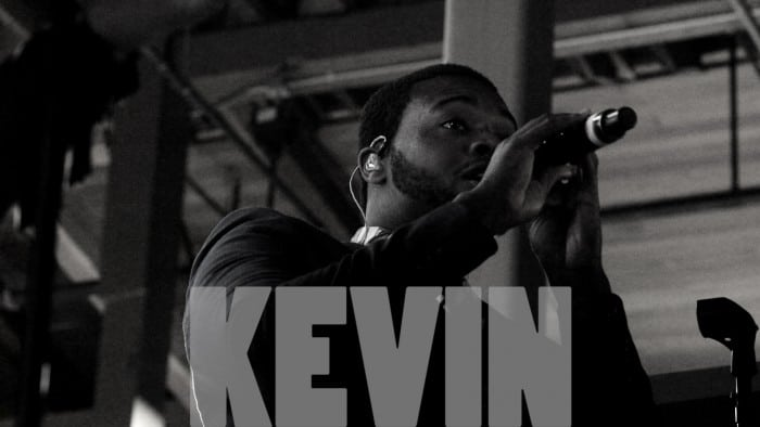 Kevin Olusola - Performing Live