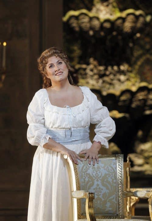 "Anna Pirozzi as Maddalena di Coigny in Giordano's ""Andrea Chénier"" © Cory Weaver/San Francisco Opera"