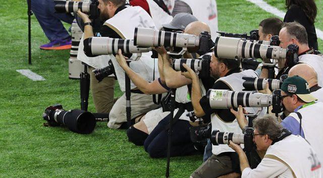 Canon DSLRs dominate Super Bowl