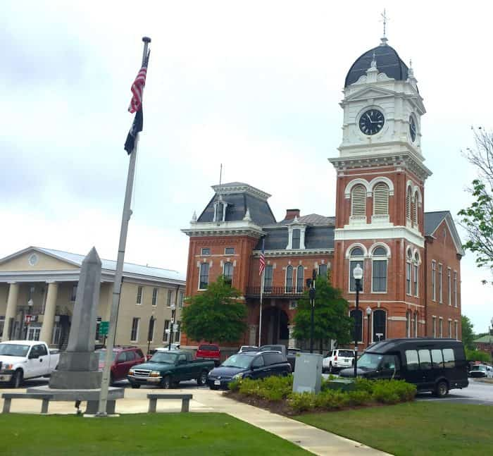 Covington iconic courthouse