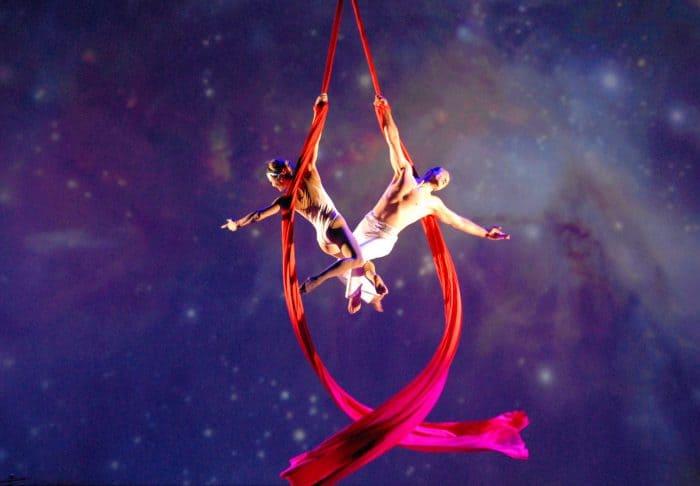 Cirque de la Symphonie (Alexander Streltsov & Christine Van Loo)