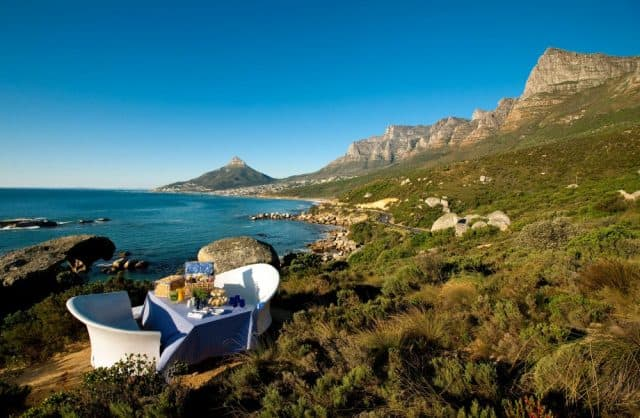 Africa-SouthAfrica-CapeTown-12Apostles-1000x653