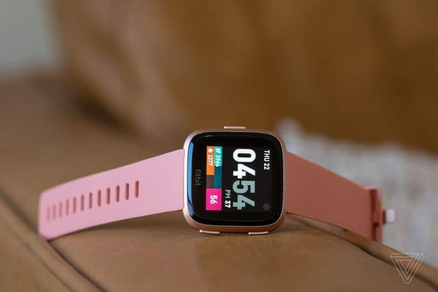 Fitbit Versa review roundup