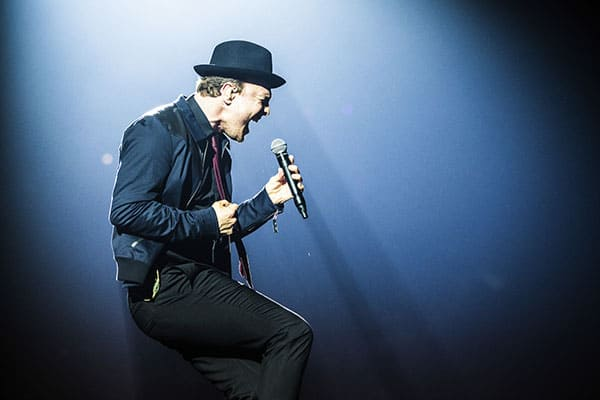 Gavin DeGraw is a multi-platinum selling singer, performer and songwriter.