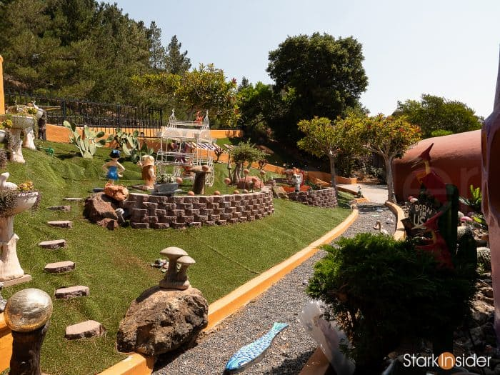 View of the Flintstone House front yard