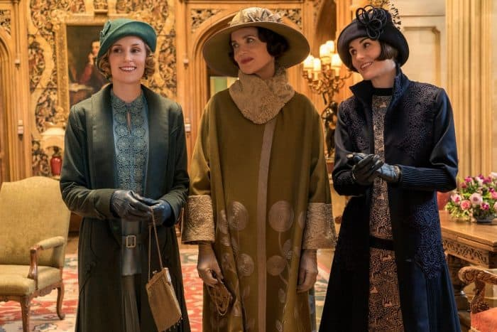 Laura Carmichael as Lady Hexham, Elizabeth McGovern as Lady Grantham and Michelle Dockery as Lady Mary Talbot. Photo credit: Focus Features
