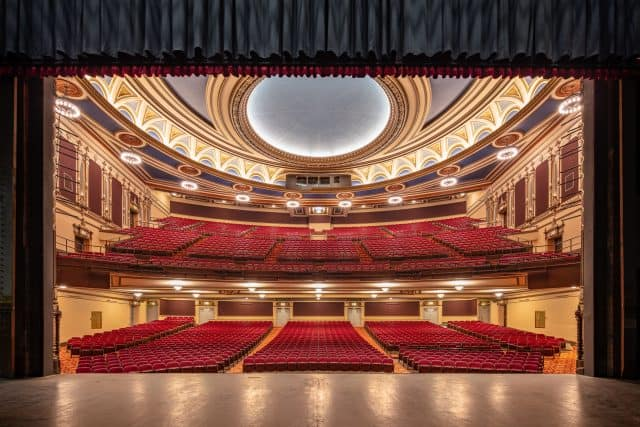 BroadwaySF Golden Gate Theatre - San Francisco