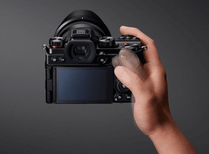 Panasonic Lumix S5 Key Specs Price GH5 comparison