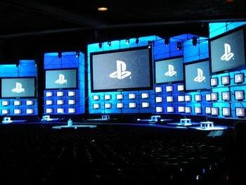 Sony_e32008_press_conference