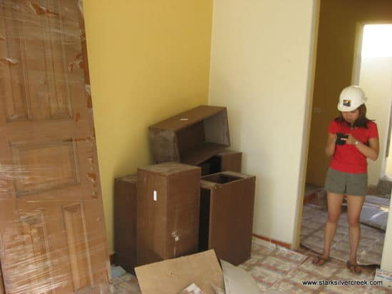 Loni Loreto BlackBerry from AV25 first floor Nueva Chica