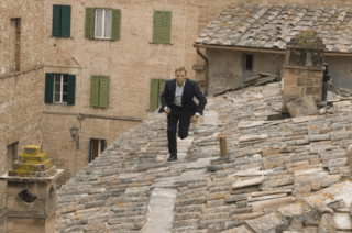 Daniel Craig Quantum of Solace Rooftop Vertigo