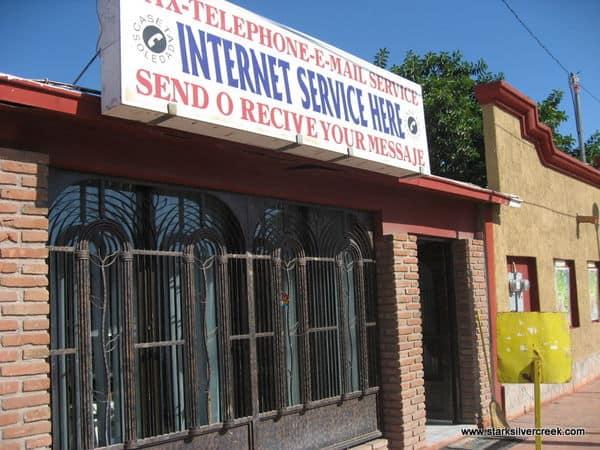 Caseta Soledad Internet Shop (cafe?) in Loreto, Mexico