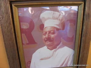 Photo of Cesar in Loreto, BCS Baja Mexico overlooking customers at his Taco stand