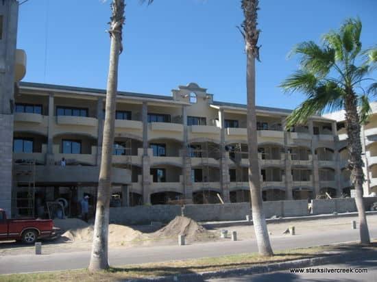 La Mision Hotel in Construction